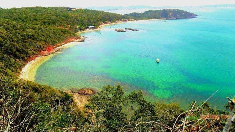 praia_da_tartauga_2